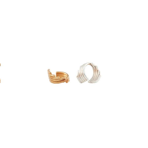 Dos orejeras geometricas, Parte de la Colección 5 de Aysha Bilgrami Joyeria