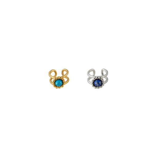 dos orejeras con piedras semi preciosas en plata y plata con baño en oro de 24k. Parte de la Colección 8 de Aysha Bilgrami Joyeria
